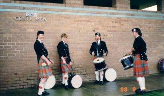 11huge1988-008-gentlemen